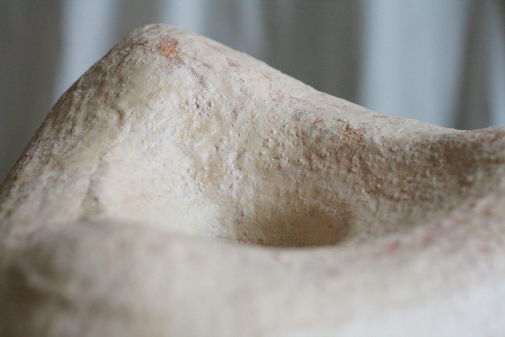 Haurastuvaa, 2019. Glazed stoneware.